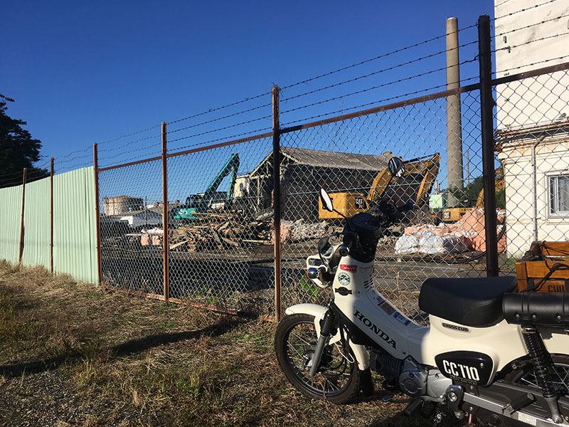 新日本石油赤レンガ倉庫